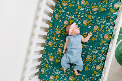 Honeyflower | Cotton Crib Sheet - Oliver + Kit