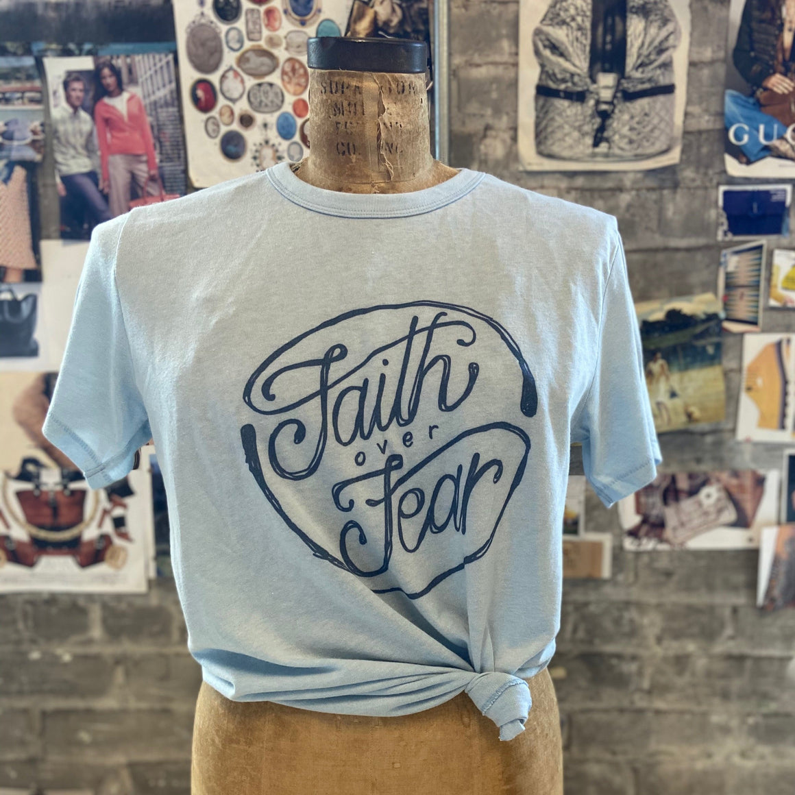 solid tee | faith over fear