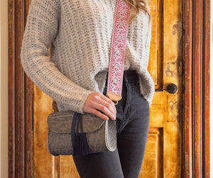 jude crossbody | blue bison