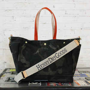 reynolds baby bag | camo/camo