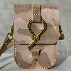 luther crossbody | desert ghost camo