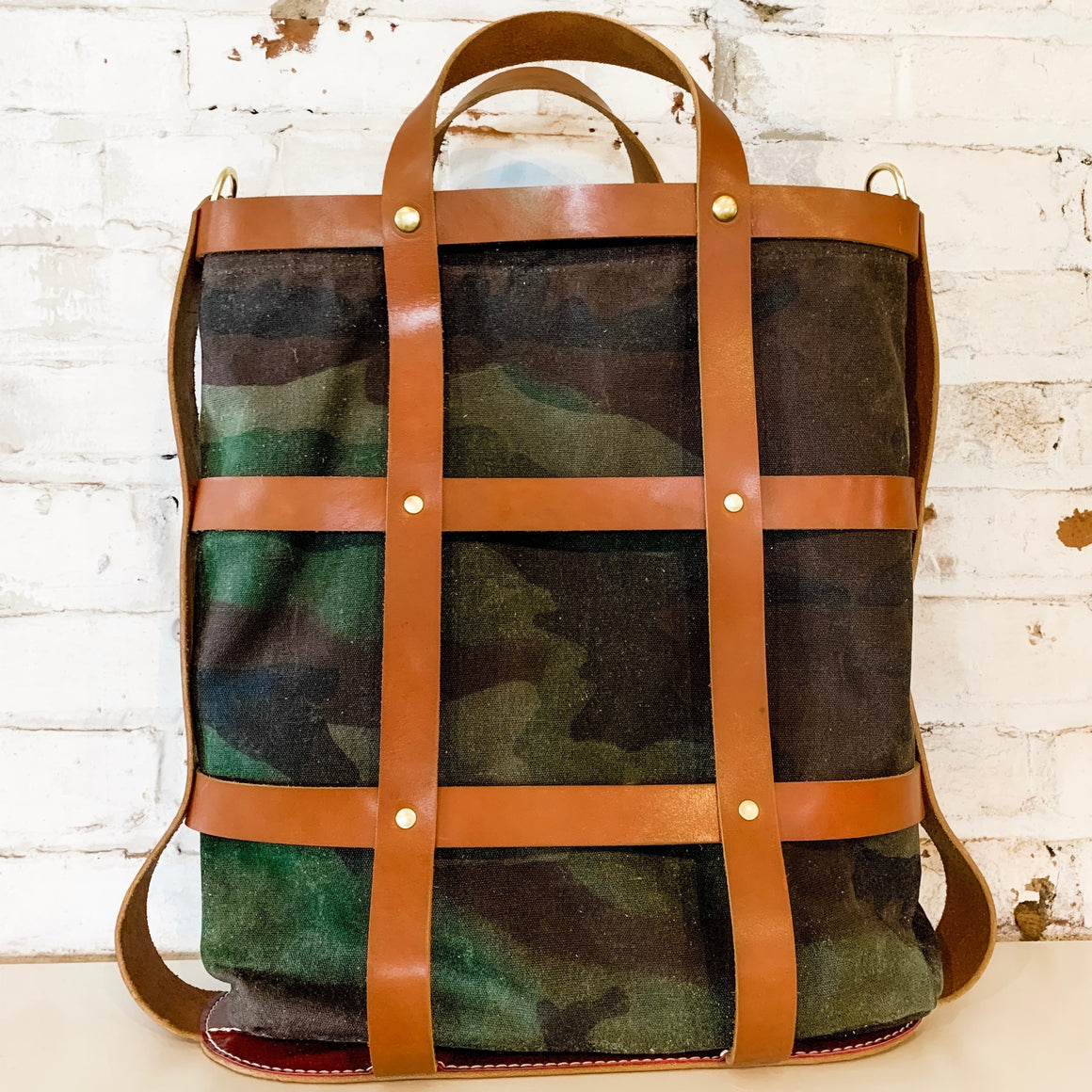 the cage tote | brown