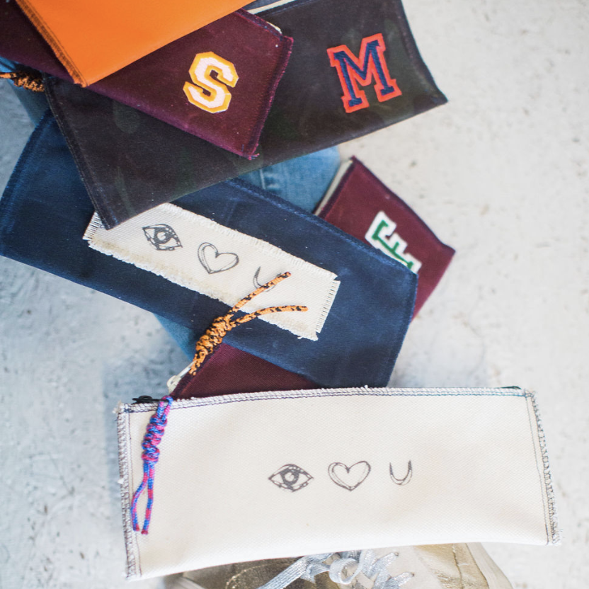 mitchell pouch | eye heart u