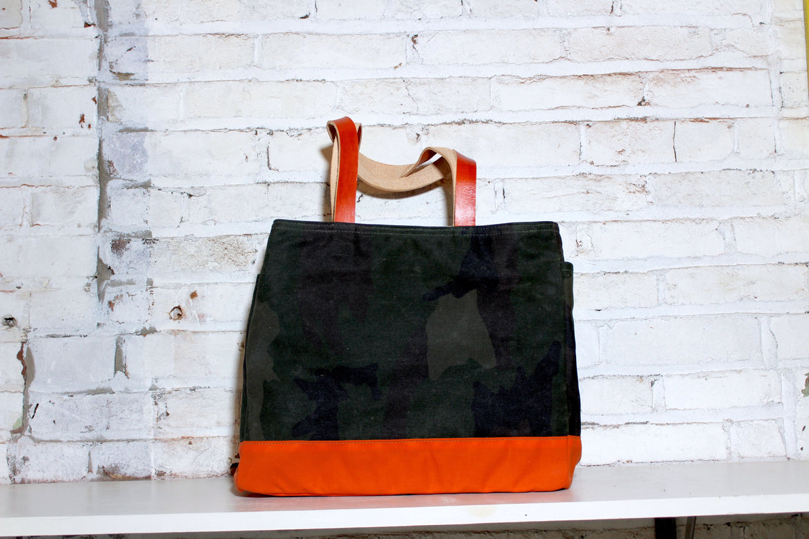 no. 3 standard tote | camo/orange