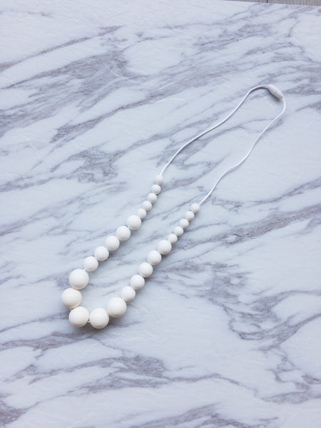 Teething Necklace | Pearls