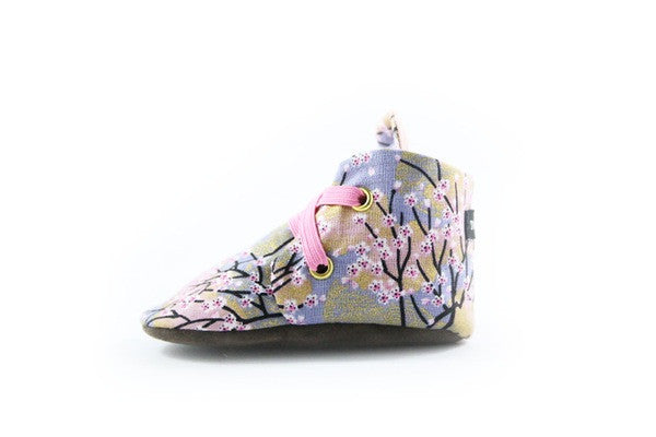 Baby shoes | Sakura Bloom Booties