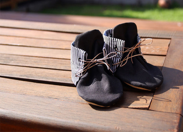 Baby shoes | Mono Stripe Bootie