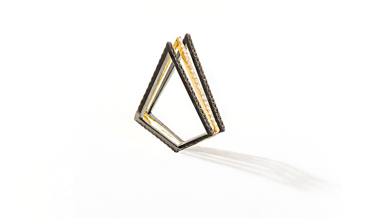 Sophie Birgitt Jewellery LOVE TRIANGLE 18K Gun Metal Black & Yellow Gold