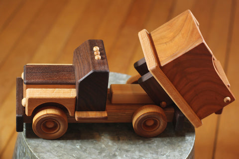 Hower Toys - Dump Truck Wooden Toy