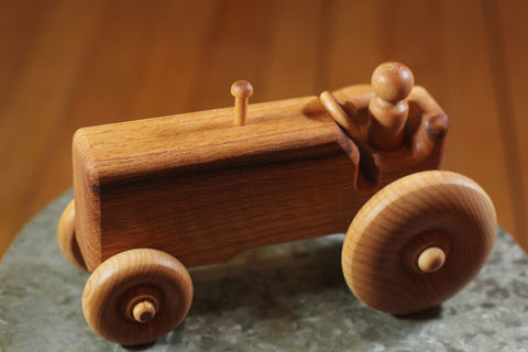 Hower Toys - Tractor Wooden Toy