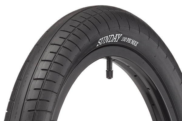 Street Sweeper Tire (Black)
