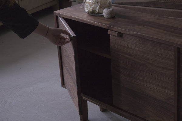 Upright Cabinet