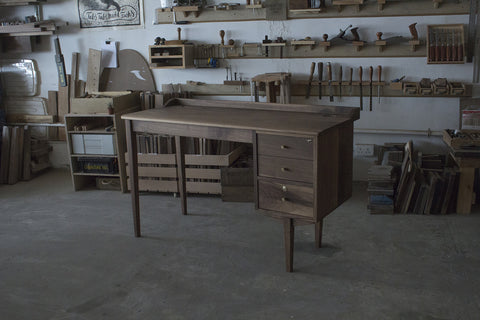 Tendus Walnut Desk