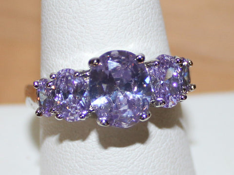 Gorgeous Silvertone Ring with Light Purple Faux Crystals Size 10