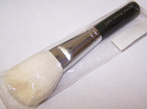 Bare Escentuals Soft Sweep Cheek Brush