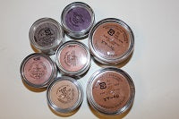 bareMinerals 7 pc Set of Makeup - Writing in Foreign Language