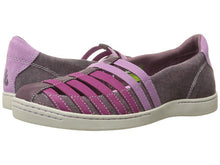 Load image into Gallery viewer, Women's North Point Shoe by Ahnu - Adventure Outlet - New Zealand