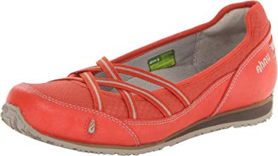 Women's Crissy Shoe by Ahnu - Adventure Outlet - New Zealand