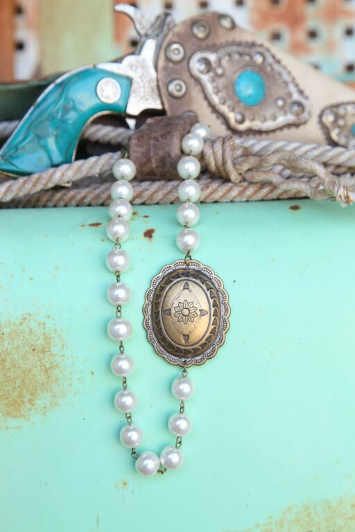 Pearl Linked Necklace w/ Small Floral Concho - Pistol Annie's Boutique