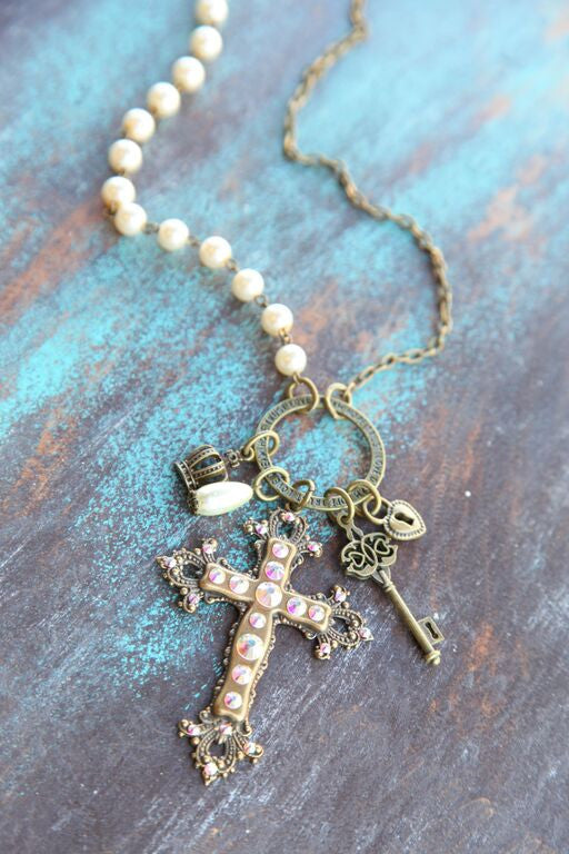 Pearl Linked Inspirational Ring w/ Cross Charm - Pistol Annie's Boutique