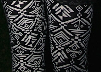 Black & White Aztec Leggings - Pistol Annie's Boutique