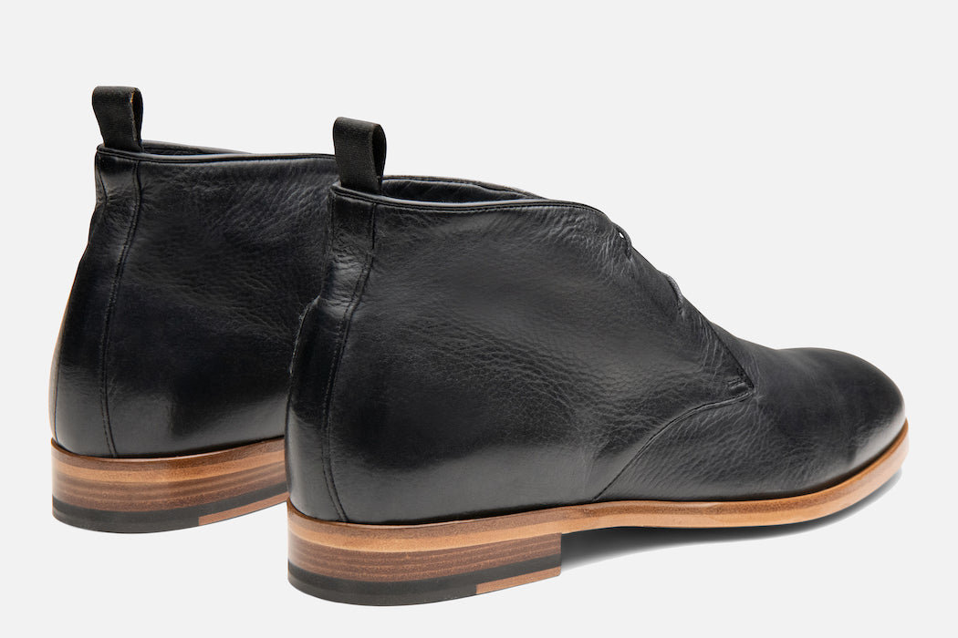 Gordon Rush Joel Chukka Boot in Black Rear View Pair