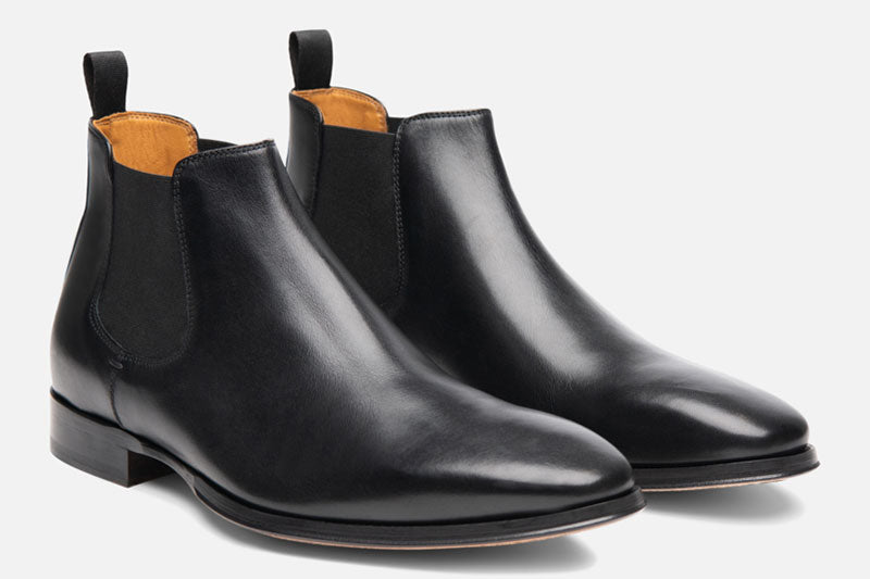 Gordon Rush Jordan Chelsea Boot Black Side View Pair