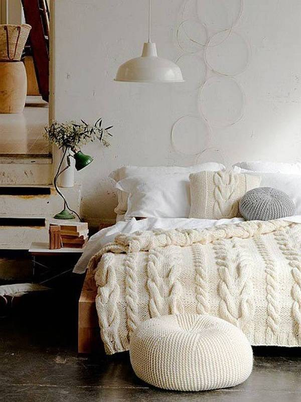 40 Ways To Make Your Bed The Comfiest Place On Earth Loose Petals Magnificent Comfiest Throw Blanket