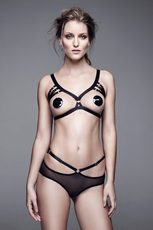 Bordelle Bondage-Belle peep brief, frame bra and patent leather nipplets