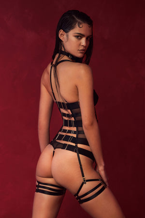Bordelle Merida Basque with thong and multi strap garters - black