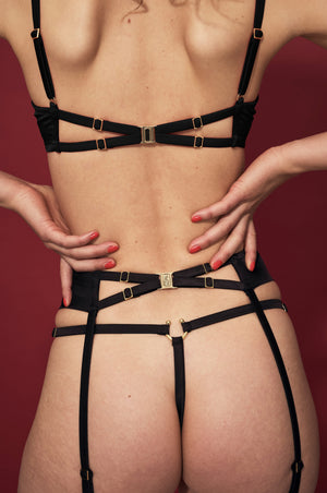 Studio Pia Clea suspender/harness, Clea cage bra and Clea thong
