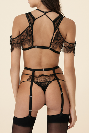 Techniques of Love suspender belt by Tisja Damen