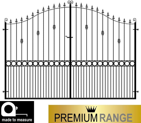 Premium Estate Gates, the Farnham. Deep metal frames with thick inset bars. Stunning design made to measure.
