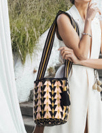 Load image into Gallery viewer, SUSU Ceres Crossbody Mochila