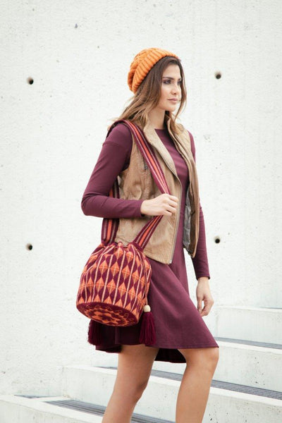SUSU Shaft Crossbody Mochila