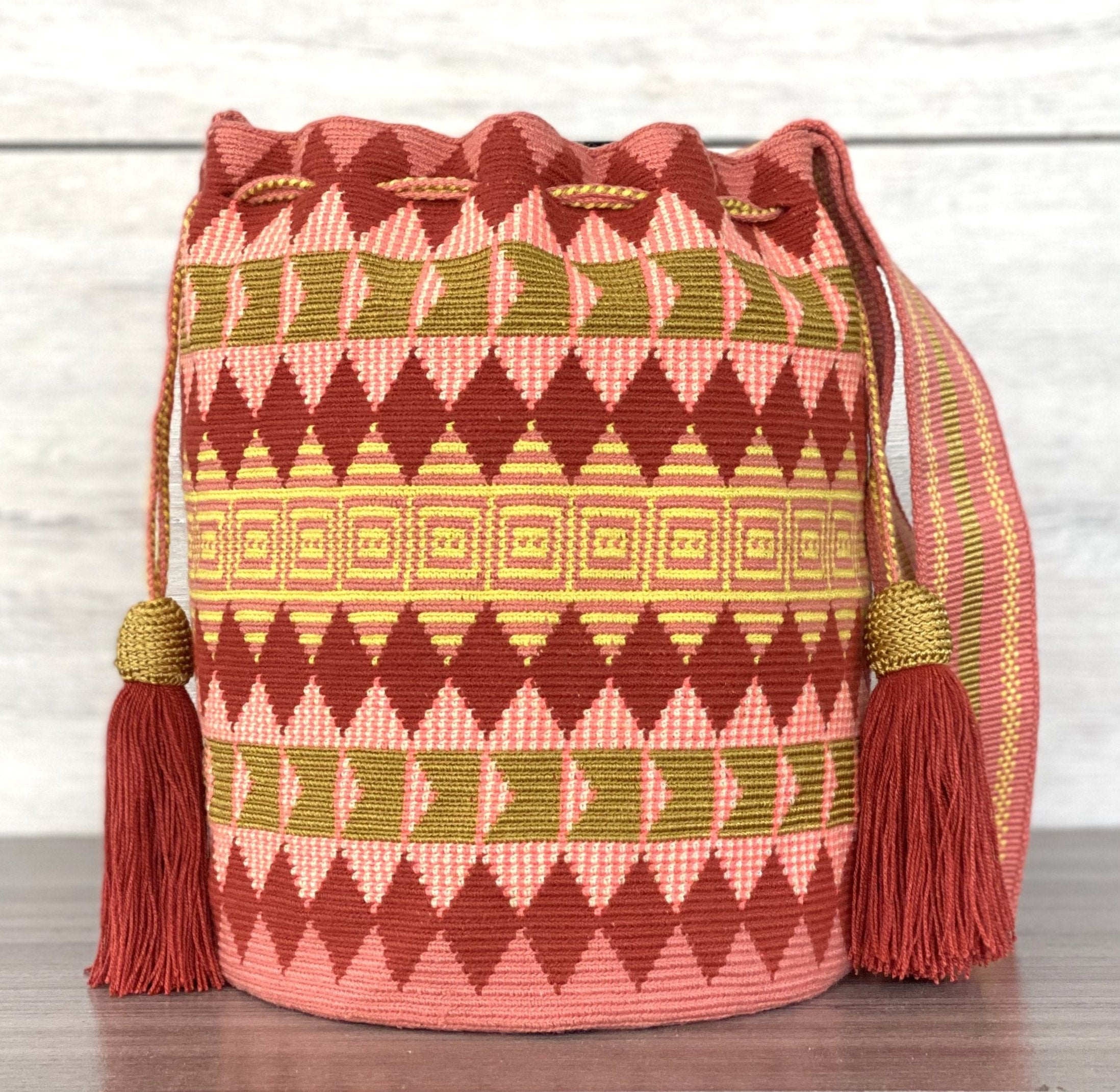 SUSU Evergreen Crossbody Mochila