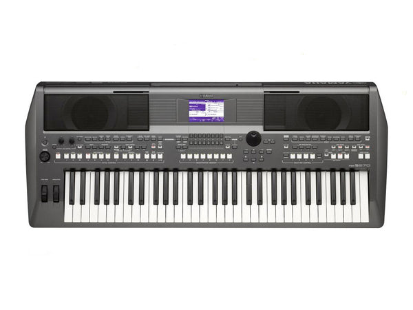 Yamaha Portable Keyboard PSRS670..