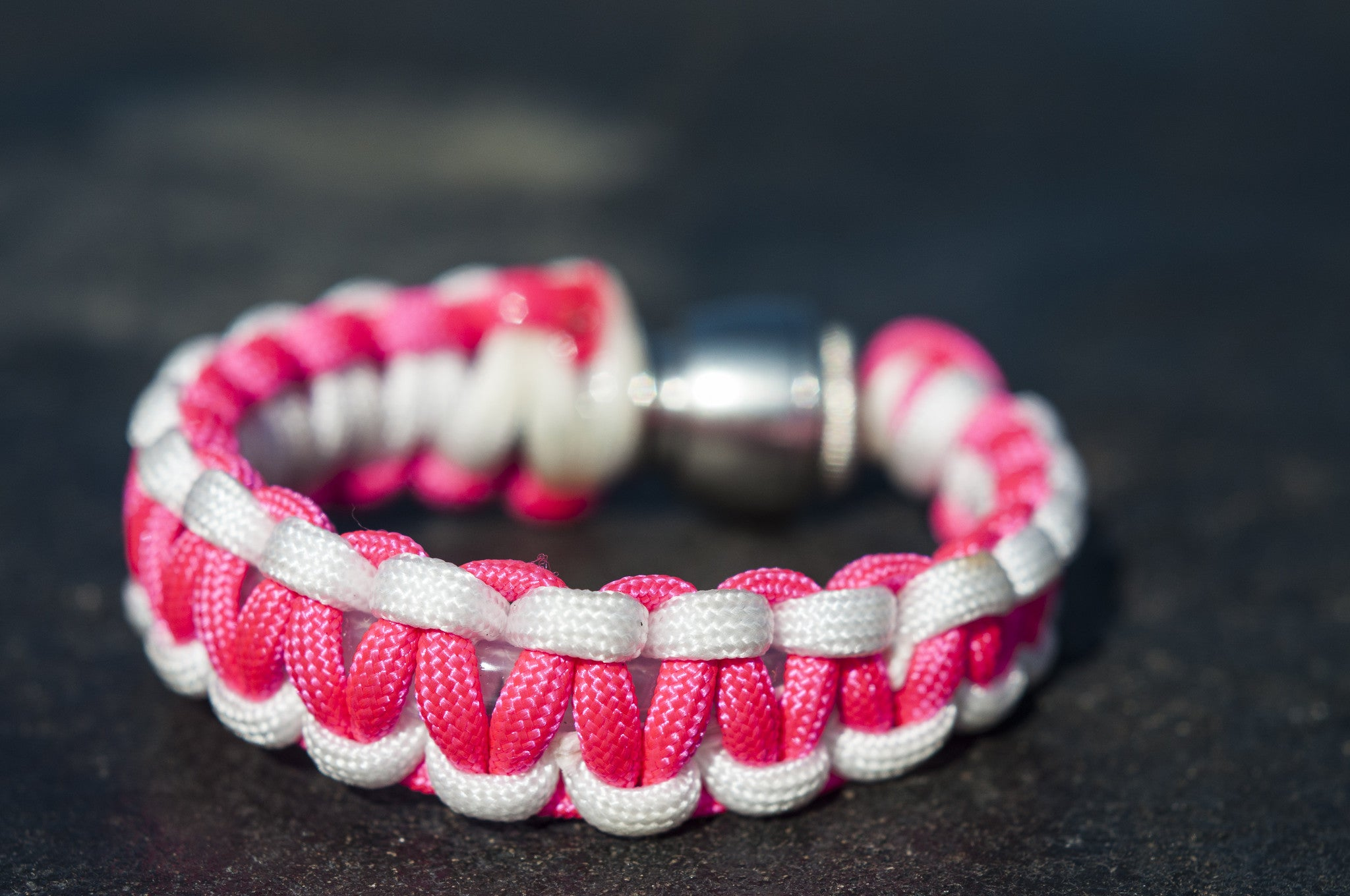 Pipe Bracelet - Pink Paracord