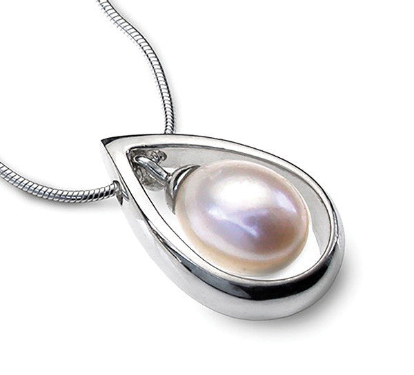 Accent Pearl Droplet Pendant
