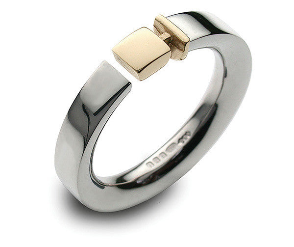 Accent Belt Ring With 9ct Yellow Gold