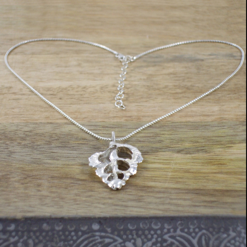 Sterling Silver Frilly Shell Slice Necklace