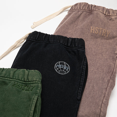 MINERAL WASHED MILITARY GREEN SWEATPANT