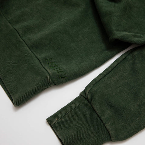MINERAL WASHED MILITARY GREEN SWEATSHIRT