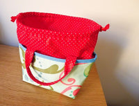 The Yum-Yum Lunch Tote (in 2 sizes) Pattern Booklet