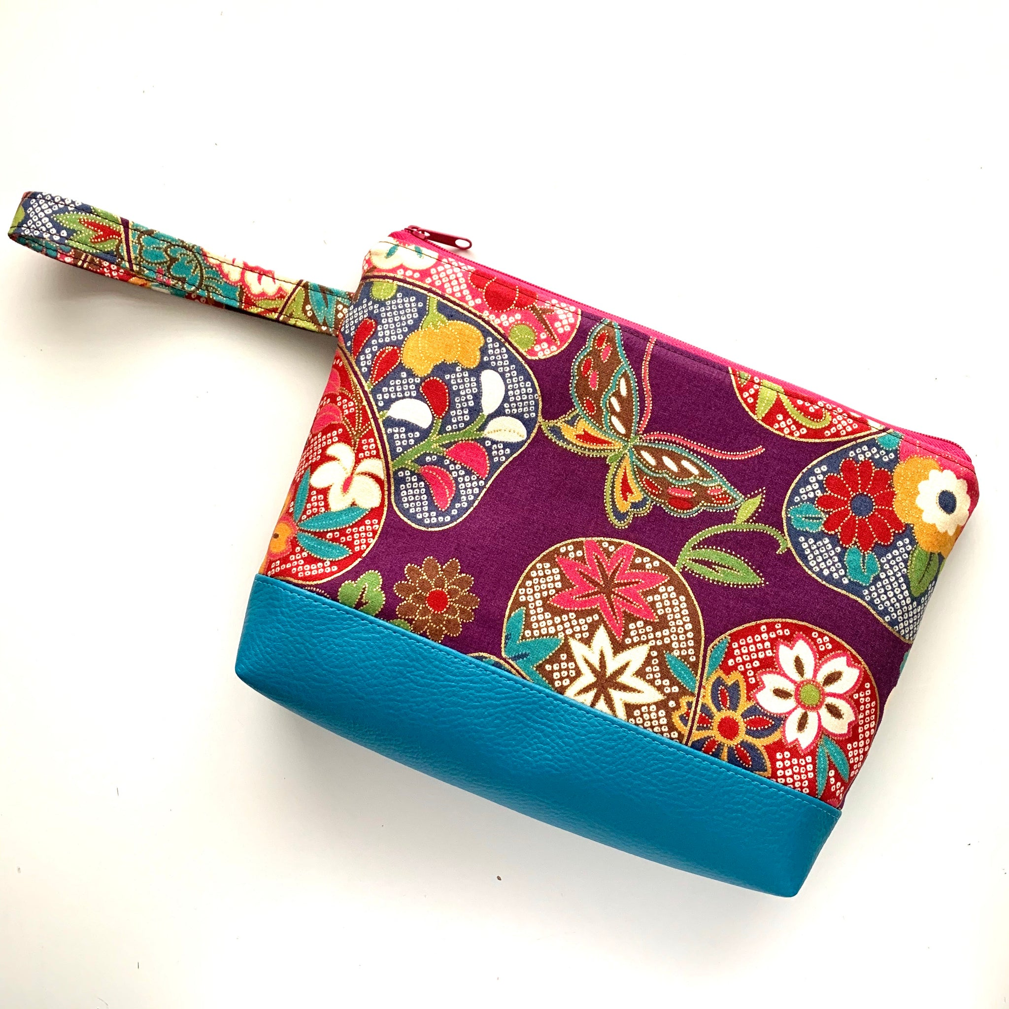 Stitched by Lisa - Pretty Simple Pouch - ORIGAMI CRANES