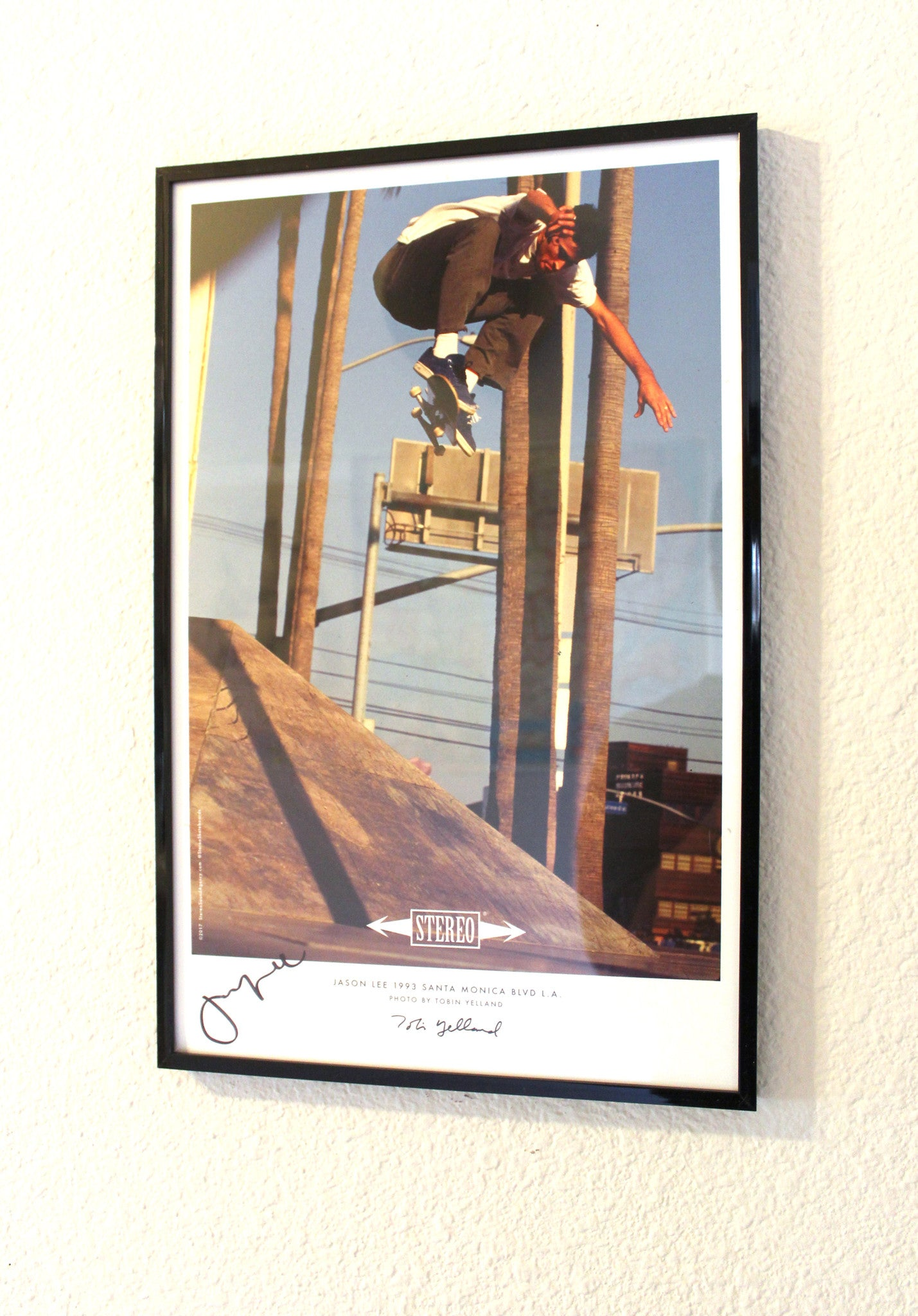 Jason Lee Signed 11x17 Print