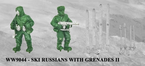 WW9044 - Russian Ski Troops with Grenades II