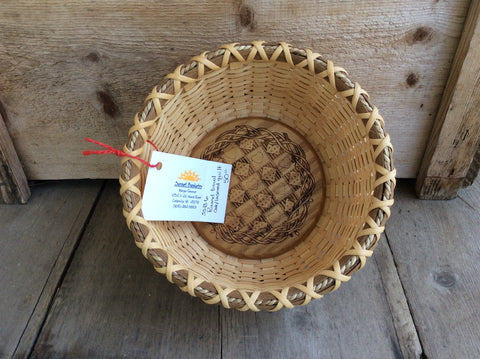 Round bowl oak/ lasered Quilt by Sunset Basketry- Consignment