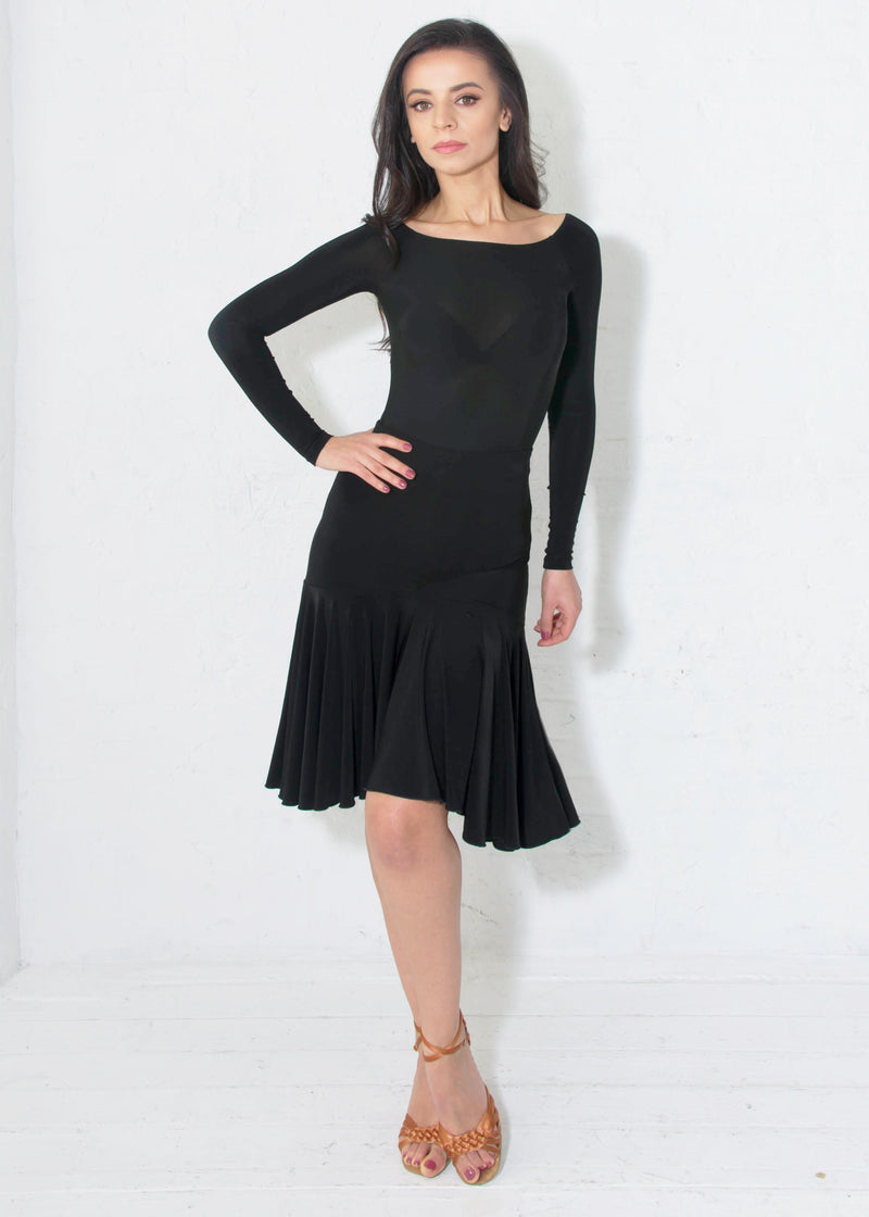 Miari ruffled black latin ballroom dance skirt with wide elastic waistband, flared and provides plenty of movement.