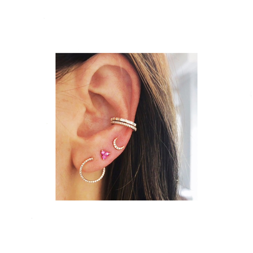 TINY MOON EARRING GOLD